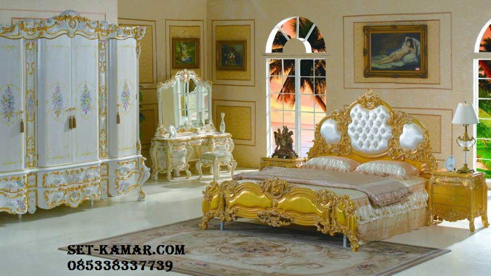 Set Tempat Tidur Mewah White Gold Ukiran Jepara